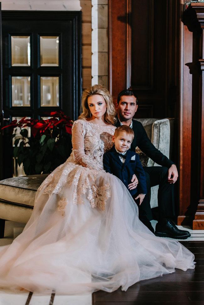 Милана Кержакова с мужем и сыном