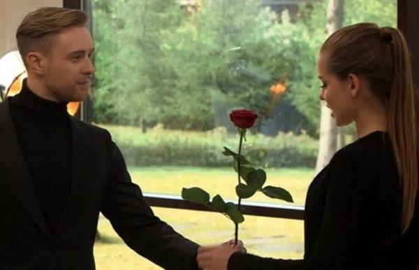 Все участники «Холостяка» финале шоу Егор Крид вручил розу Дарье Клюкиной