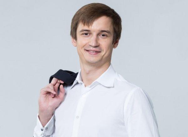 Роман Караулов