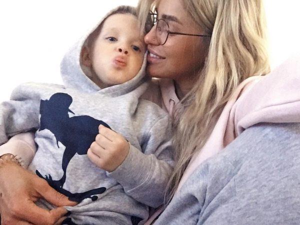 Мария с сыном
