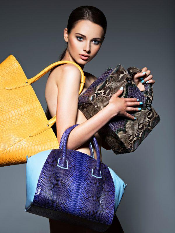 Популярные принты сумочек для женщин