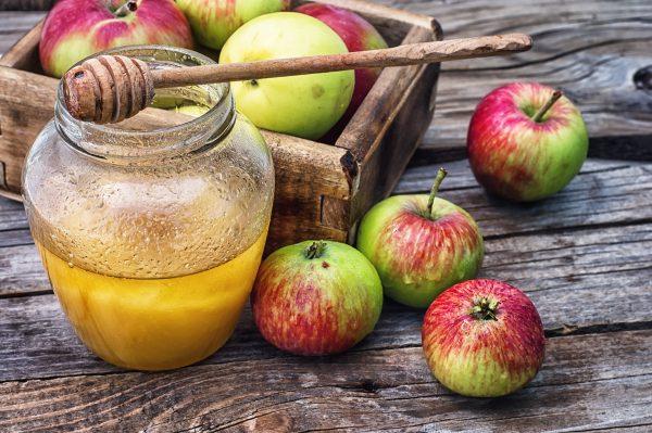Какого числа Яблочный Спас