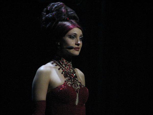 Актриса во время спектакля
