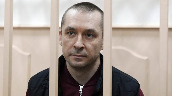 Дмитрий Захарченко в зале суда