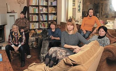 Эдуард Успенский со своей семьей