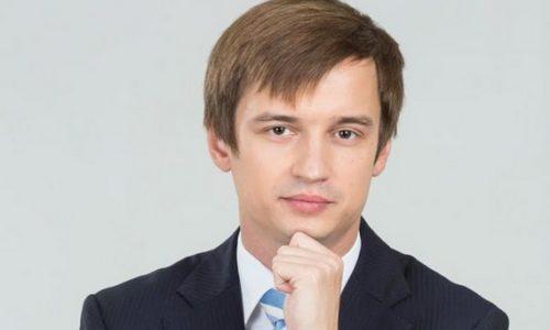 Учеба Романа Караулова