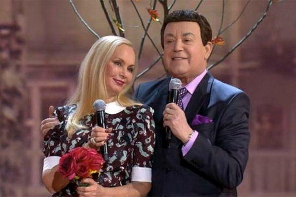 Нелли Кобзон и Иосиф Кобзон на сцене