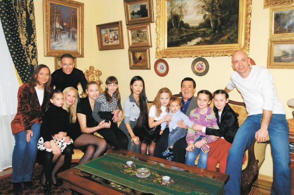 Большое семейство Иосифа Кобзона