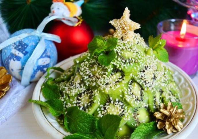 Фруктовый салат «Новогоднее настроение»