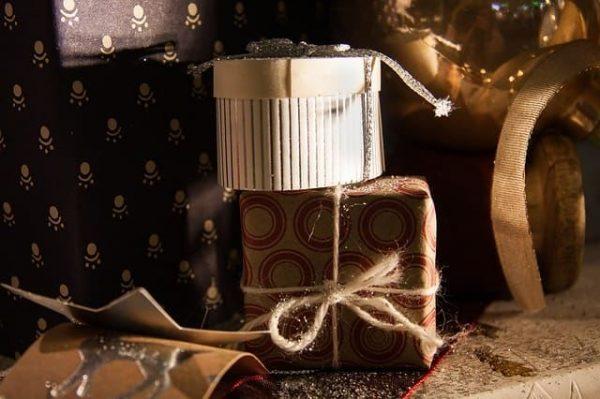 christmas-2984206_640-min