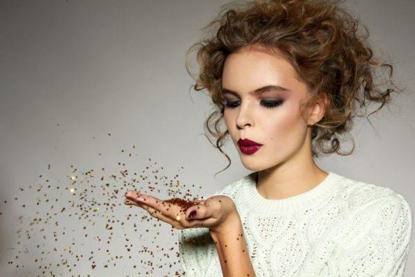 Прически на Новый год 2019 для средних волос своими руками: пошаговые фото
