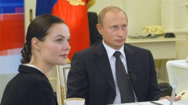 Почему Екатерина Андреева ушла с первого канала: скандал