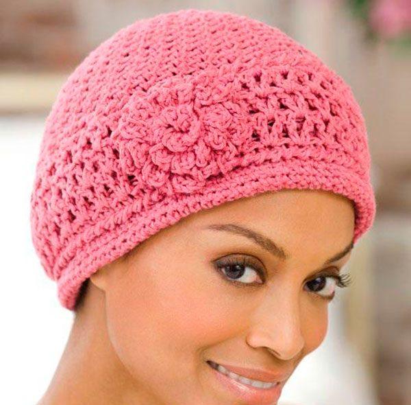 Женские вязаные шапки крючком схема