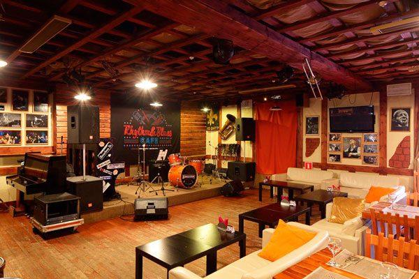 Rhythm & Blues cafe