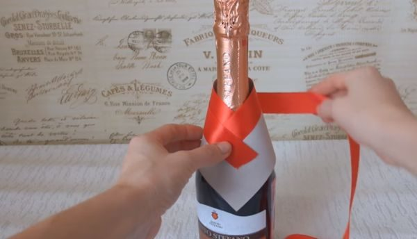 Украшение бутылки шампанского на Новый год 2019 - лучшие идеи