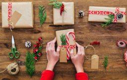 Идеи подарка учителю на Новый год 2019 от класса и от себя