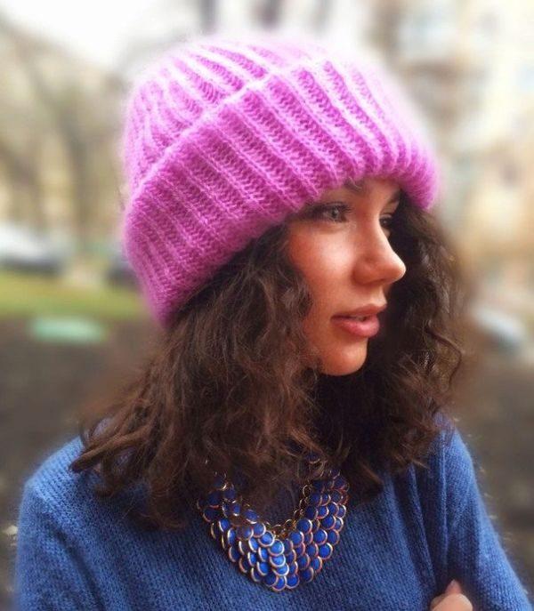 Женские вязаные шапки из мохера