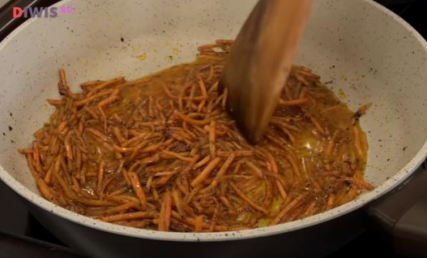 Вкусные салаты из кальмаров на Новый год 2019