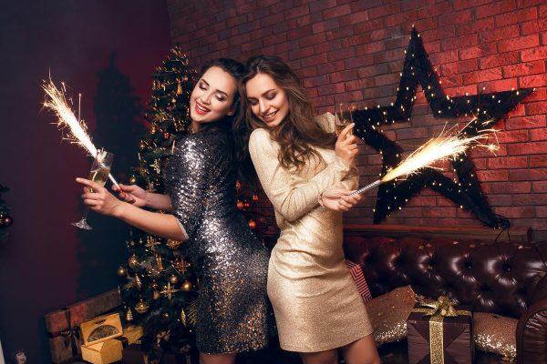 Что одеть на новогодний корпоратив 2019 женщине?