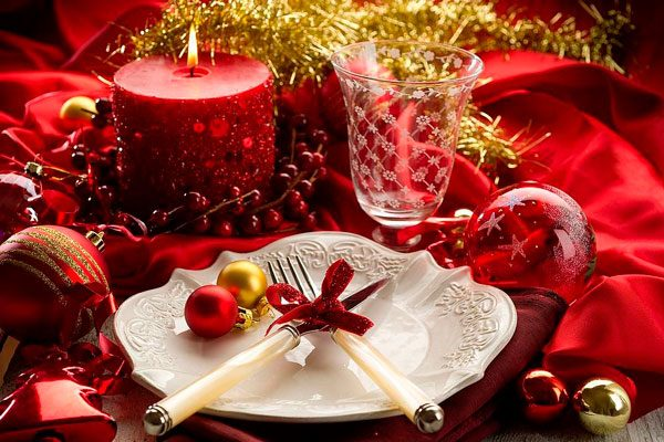 Торжественный новогодний стол