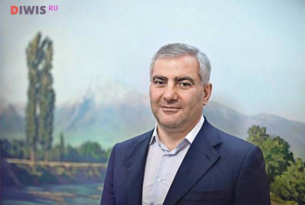 Начинающий бизнесмен принял решение переехать на ПМЖ в Россию