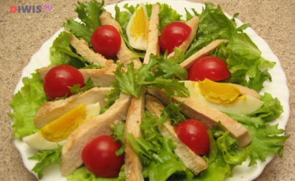 Рецепты салата из пекинской капусты с курицей: быстро и вкусно