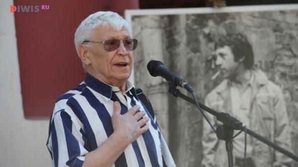 Иван Бортник в школе отдавал предпочтение гуманитарным наукам