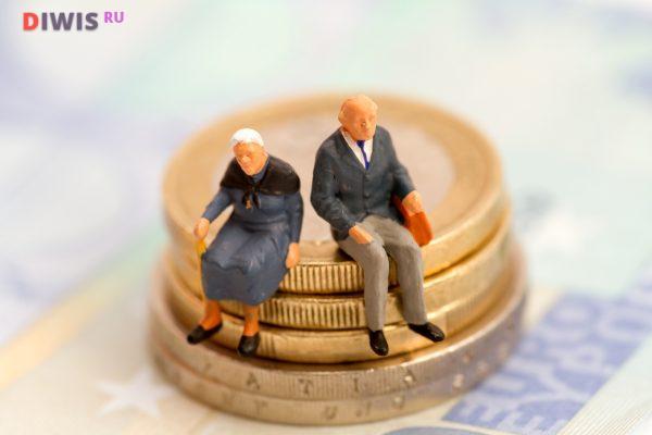 На сколько повысят пенсию в 2019 году неработающим пенсионерам?