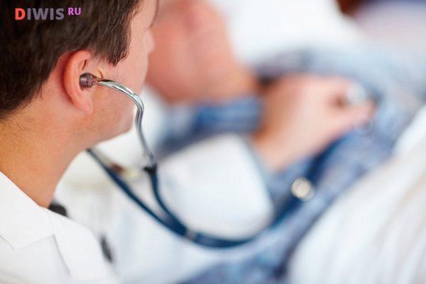 врачи проводят профилактические беседы