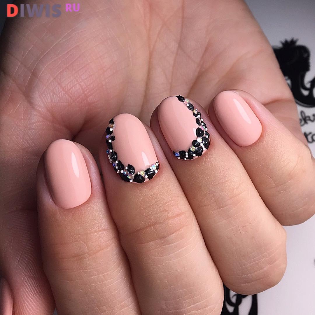 Красивый дизайн на короткие ногти в 2019 году