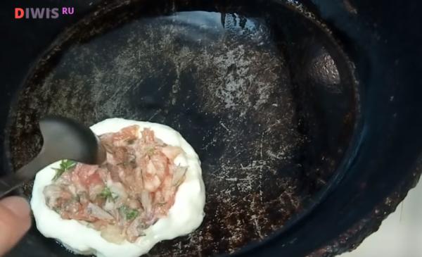 Пышные и вкусные оладушки на кефире