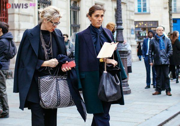 Молодежные модели куртки для зрелых дам