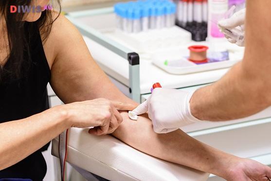 Что означают повышенные лейкоциты в крови
