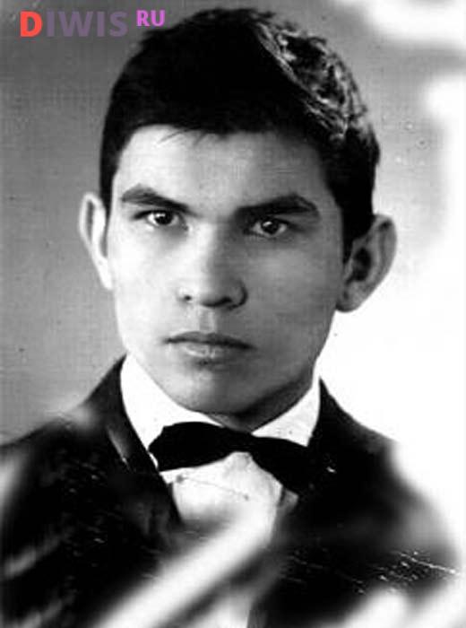 Каким был Бари Алибасов в молодости