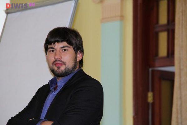 Биография и личная жизнь Бари Алибасова