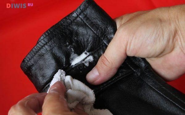 Как почистить кожаную куртку в домашних условиях
